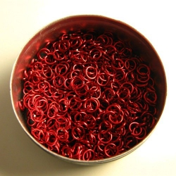 Shiny red aluminium, 0.8x3.4mm, 500 saw-cut rings