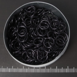 Shiny Black aluminium, 1,2x6,6 mm, 100 saw-cut rings