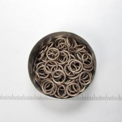 Mat licht bronskleurig aluminium, 1,6x8,2 mm, 100 gezaagde ringen
